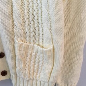 Sweaters - Vtg Laurentien Cable Knit Cardigan